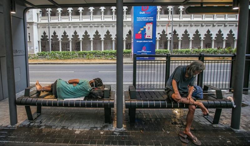 Header homeless